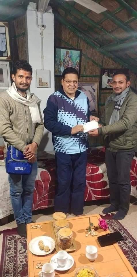 अवध विश्विद्यालय के चीफ प्रॉक्टर प्रोफेसर अजय प्रताप सिंह ने राममंदिर के निर्माण के लिए समर्पित की एक लाख एक रुपये की निधि