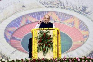 राष्ट्रपति ने दुनिया के सबसे बड़े स्पोर्ट्स स्टेडियम'नरेंद्र मोदी क्रिकेट स्टेडियम' का उद्घाटन किया