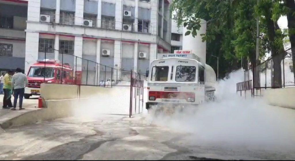 महाराष्ट्र के नासिक अस्पताल में ऑक्सीजन टैंक लीक होने से 22 मजदूरों की मौत , लगभग 40 की हालत गंभीर